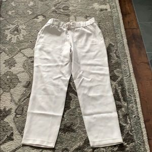 NWOT lululemon on the fly 7/8 woven - silverstone